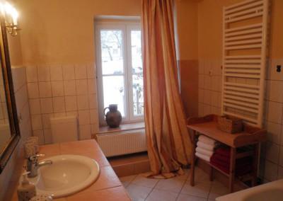 HV-Das-helle-Badezimmer