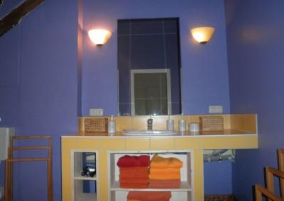 HV-Das-lila-Badezimmer